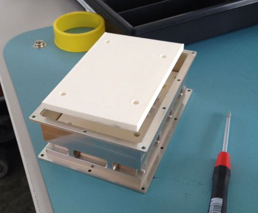 3D-printing of mounting solution in IRENA box